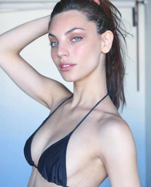 Victoria Furnari hot