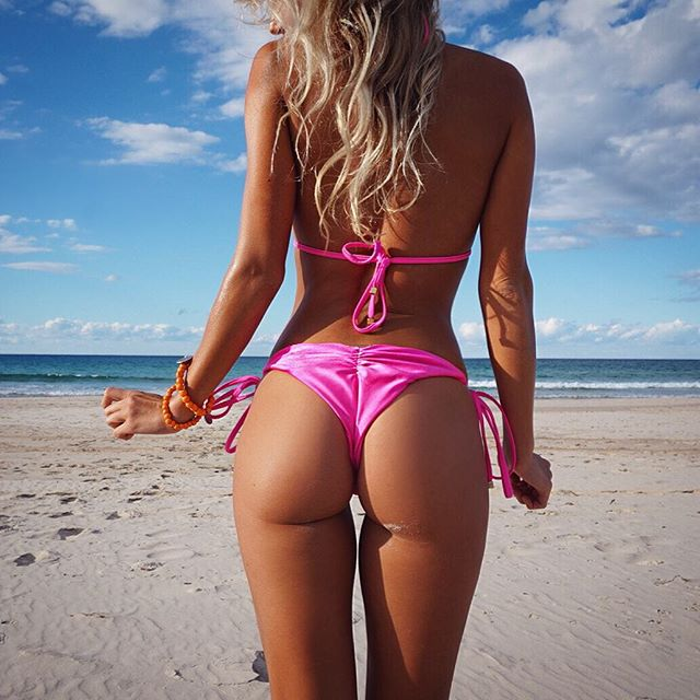 Abby Dowse ass