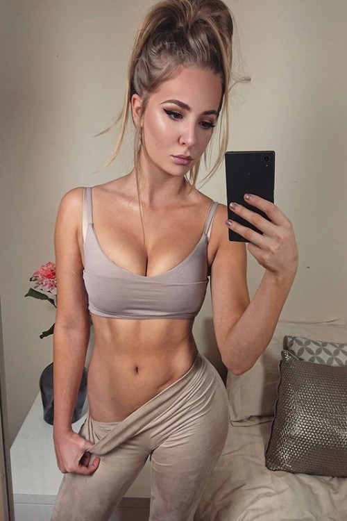 Rebecca Holly fitness