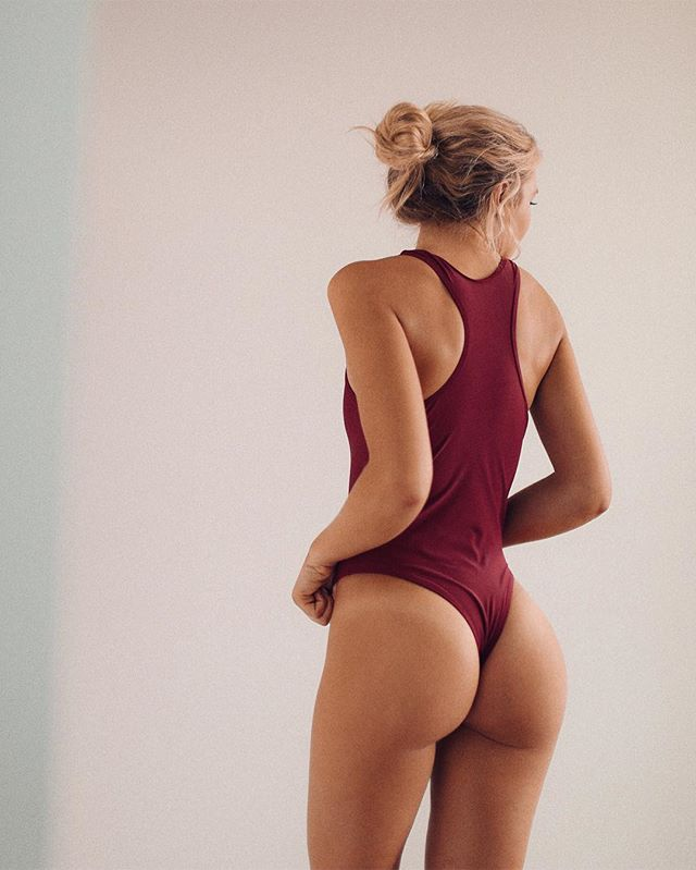 Aly Chase ass