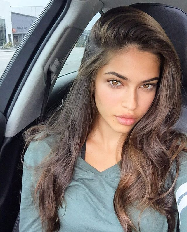 Juliana Herz model