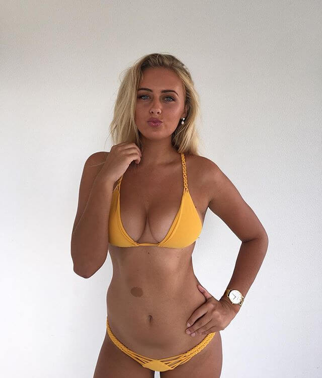 Ellie-Jean Coffey nudes