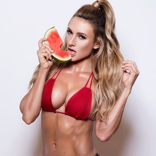 Paige Hathaway topeless