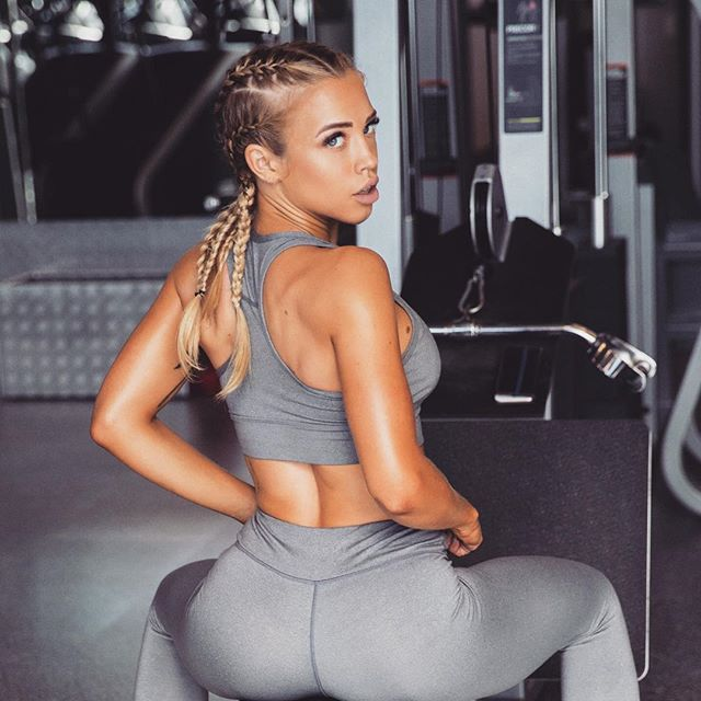 Tammy Hembrow fitness