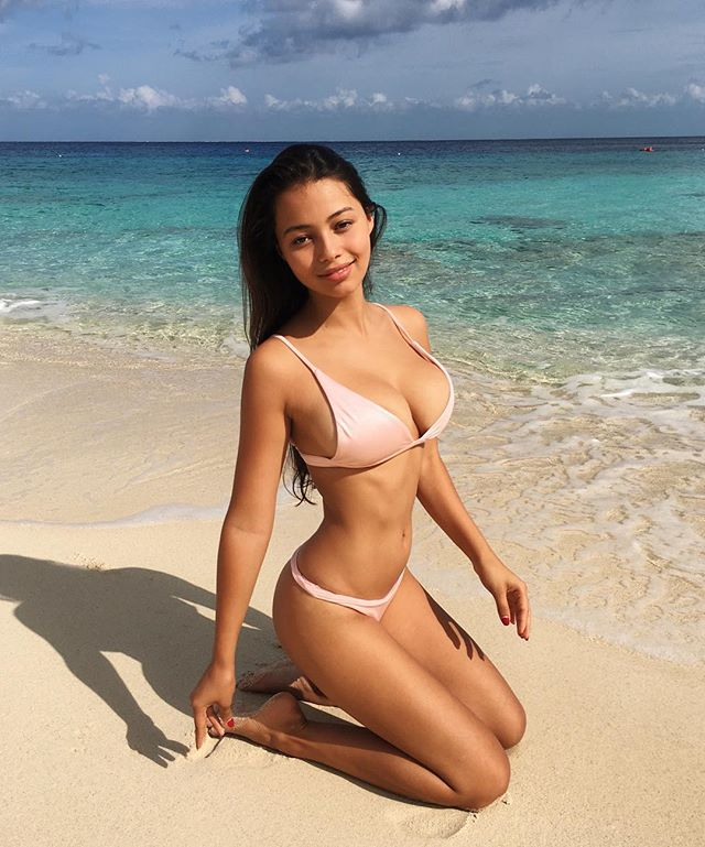 Fiona Barron boobs