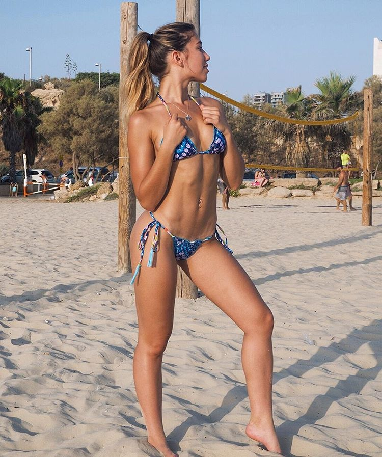 Maayan Peri boobs