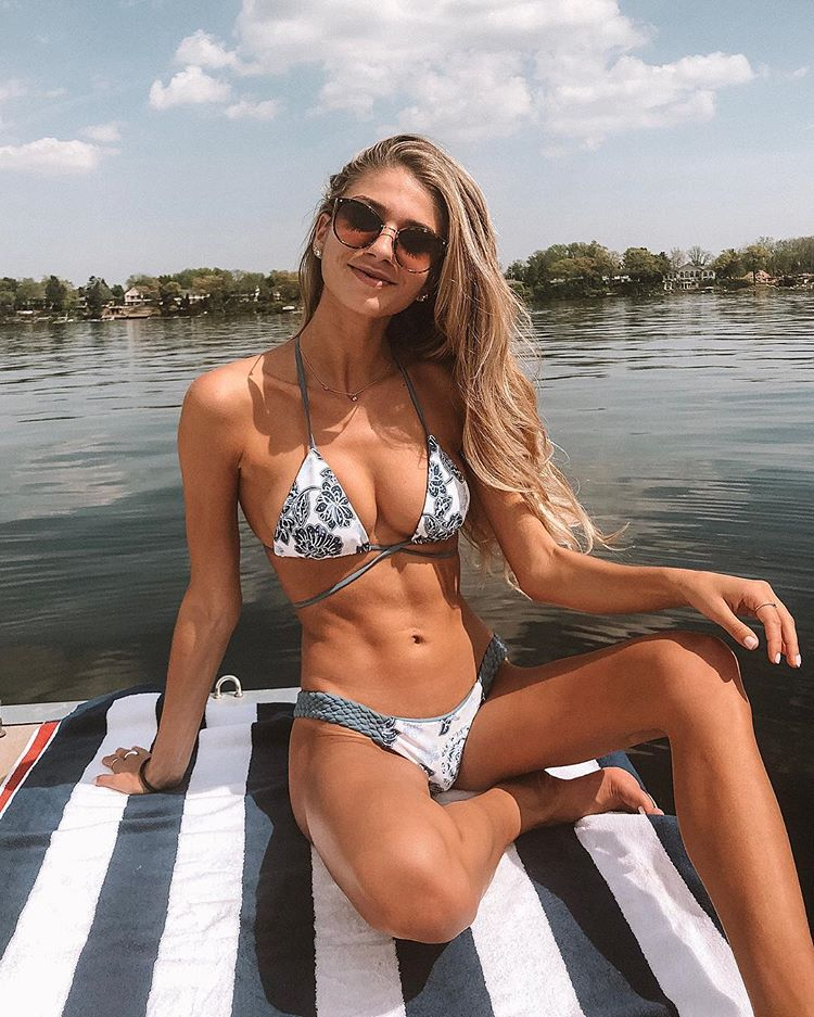 Emily Tanner tits