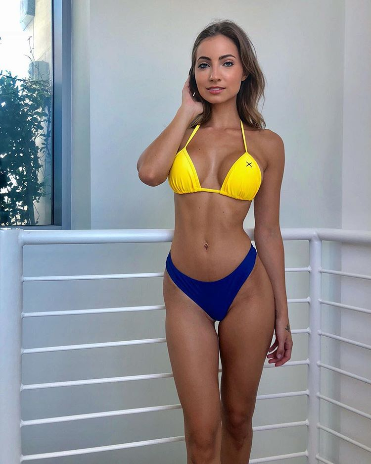 Anna Louise leaked