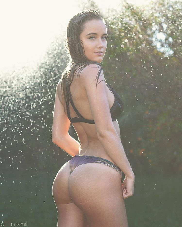 Derrion Keller ass